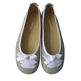 Bailarina lazo blanco- lino gris.