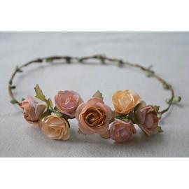 Corona fina rosas.