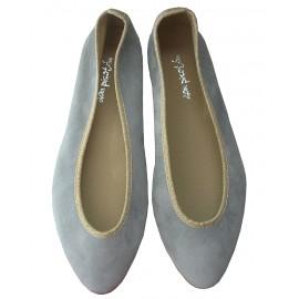 Bailarina gris-oro