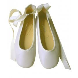 Bailarinas cintas blanco roto.