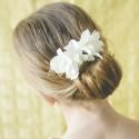 Peineta oro con flores en crudo